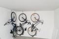 Parkvilla Bad Sassendorf: Garage mit kostenlos nutzbaren Leihfahrrädern