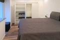 Parkvilla Bad Sassendorf: Schlafzimmer, Schrank mit viel Stauraum